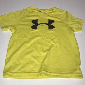 Little boys under Armour shirt size 3T Gray Yellow